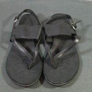 Boc black thong sandals size 9M